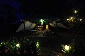 もはやファミリーキャンプには必需品!テントを彩るデコレーションライト