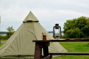 ソロキャンプにおすすめのワンポールテントでソロキャンプを楽しもう!