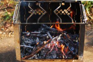 キャンプツーリングにおすすめ!人気ソロ焚き火台