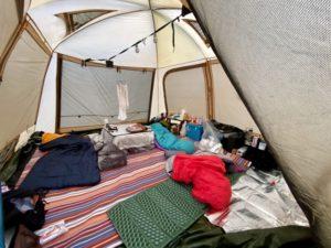 キャンプツーリングにおすすめ!人気キャンプマット